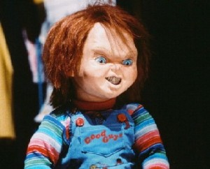 childs-play-chucky-sneering